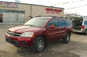 2006 Mitsubishi Endeavor AWD Burgundy SUV Sale at Motor City Auto Sales of Waukegan
