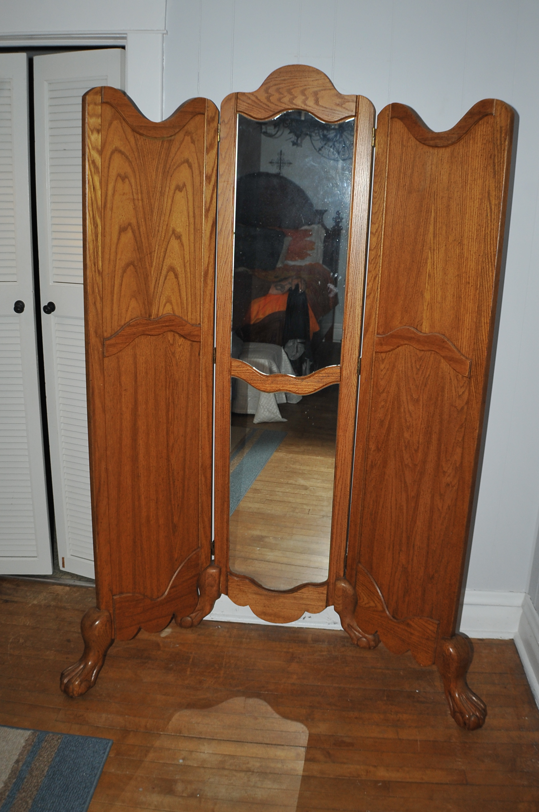Solid Wood Oak Ball Claw Foot Dressing Mirror Panel Divider Sale
