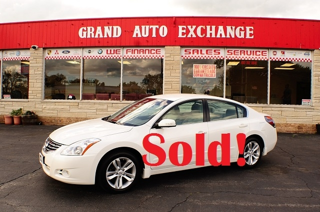 2010 Nissan Altima SR White Sport Sedan Sale Antioch Zion Waukegan Lake County Illinois