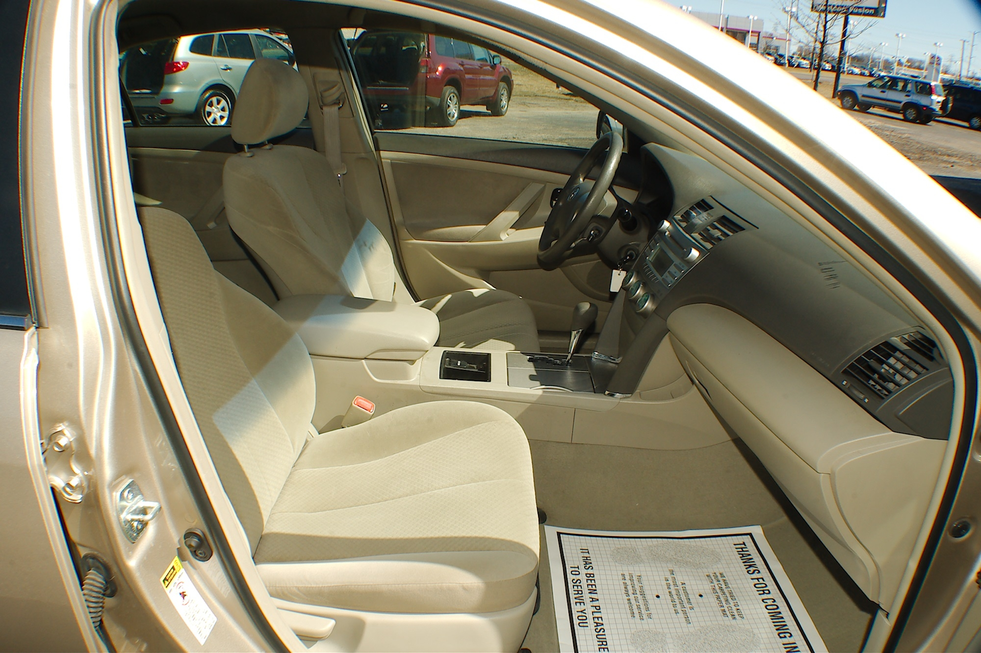 2007 Toyota Camry LE Beige Sedan Used Car Sale Lake Villa Lake Zurich Lakemoor Milwaukee