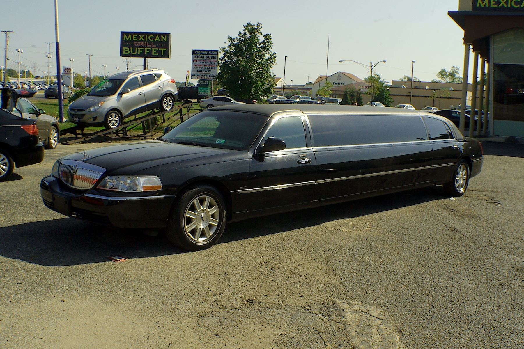 2007 Lincoln Town Car Stretch Limousine Used Car Sale