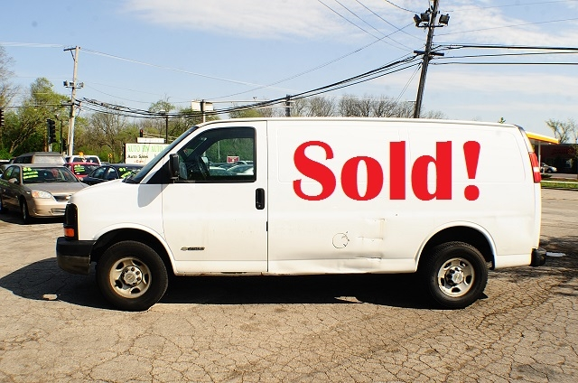 2006 Chevrolet Express 2500 White Used Work Van sale Addison Algonquin Arlington Heights Bartlett