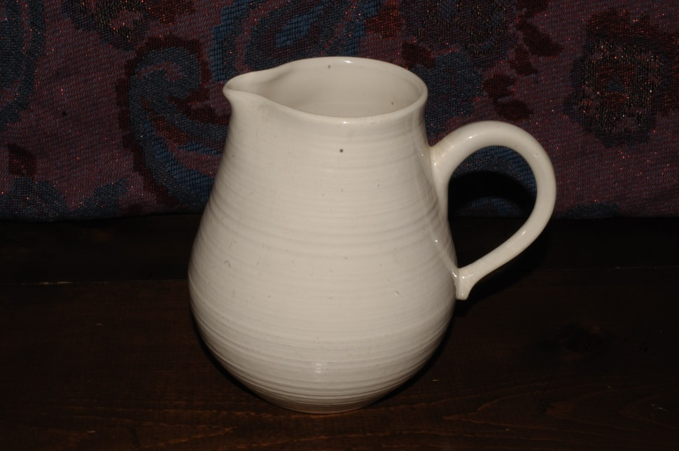 Franciscan Earthenware White Pottery Water Juice Pitcher sale table decoration