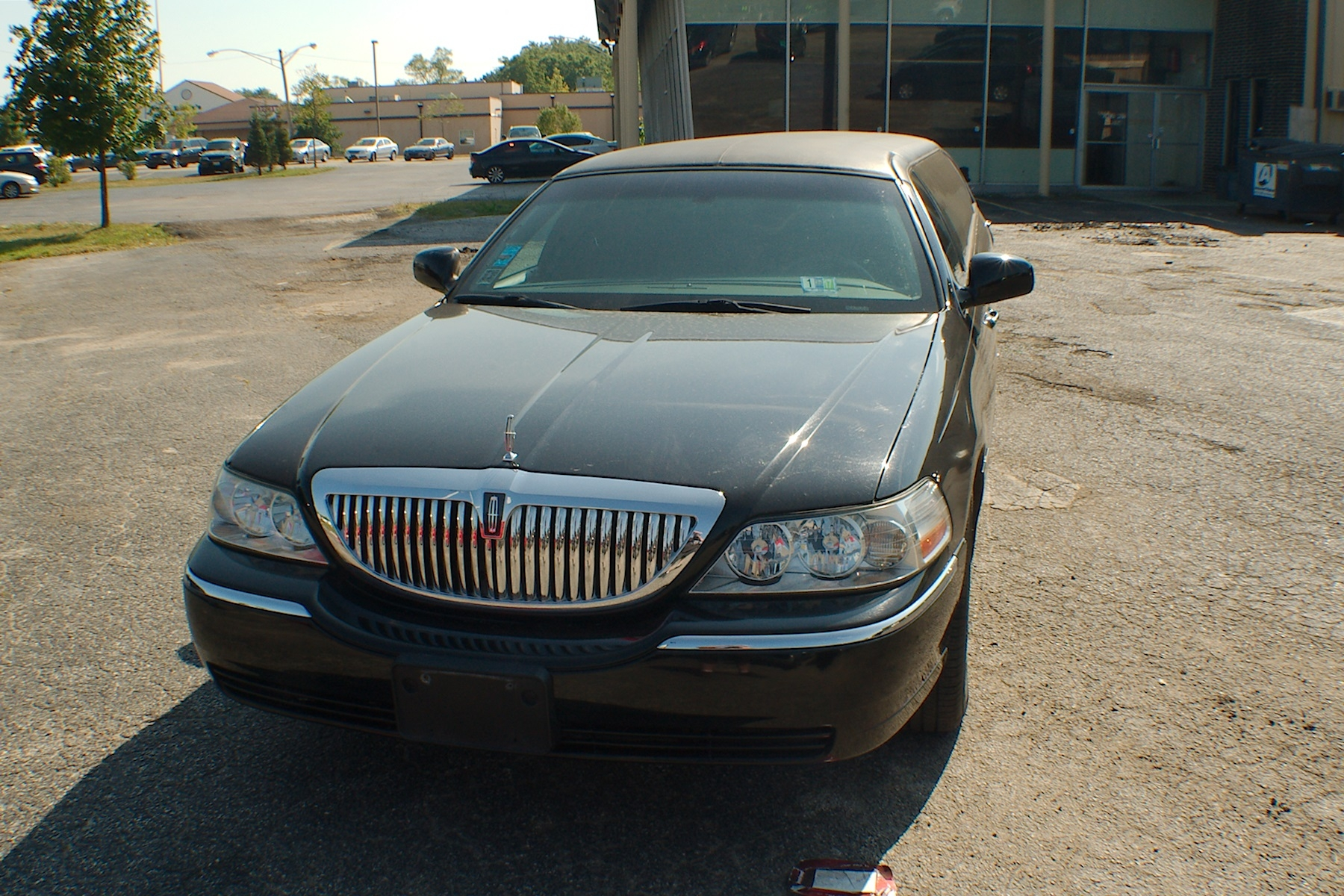 towncars black fleet town passenger limos lincoln for car towncar silverfox sale
