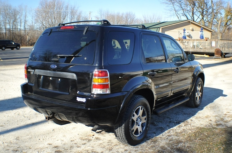2002 Ford Escape XLT Used 4x4 Black SUV Sale Fox River Grove Grayslake Volo Green Oaks