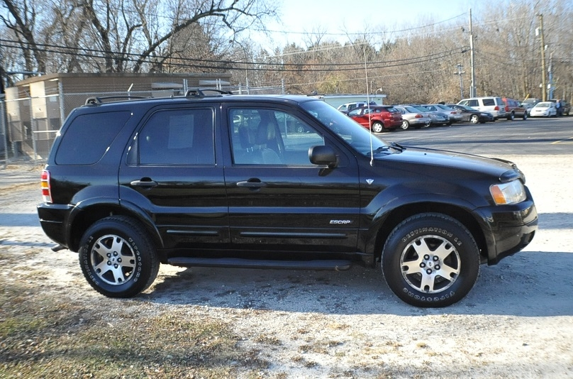 2002 Ford Escape XLT Used 4x4 Black SUV Sale Kenosha Mchenry Bannockburn Barrington