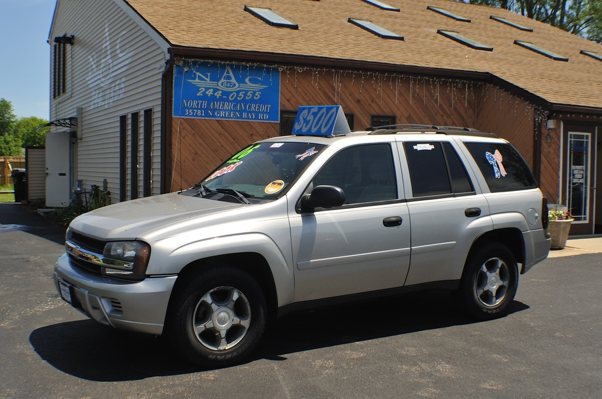 2006 Chevrolet Trailblazer LS Silver Used SUV 4x4 Sale Antioch Zion Waukegan Lake County Illinois
