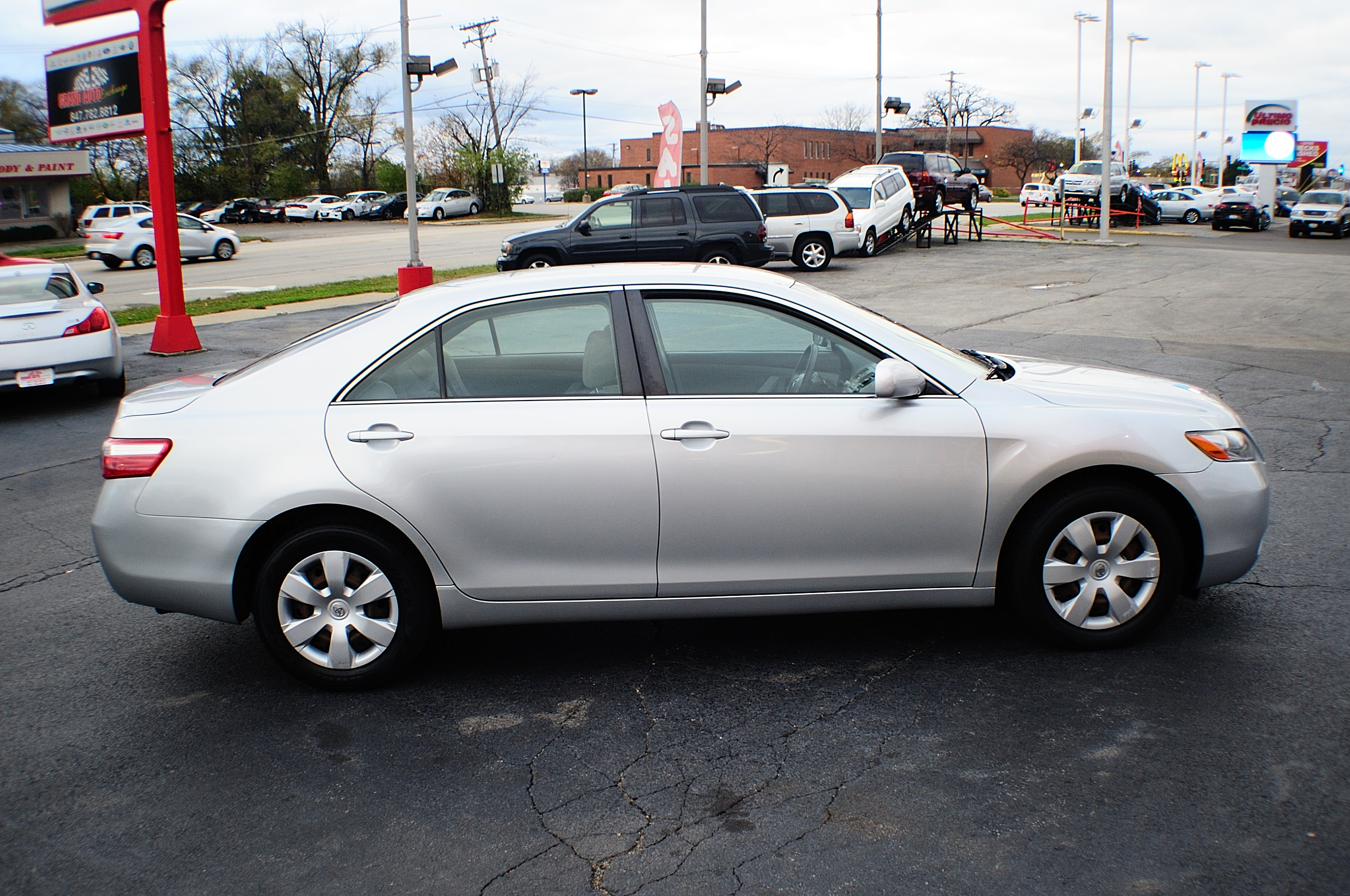 2007 toyota camry le silver sedan used car sale. Black Bedroom Furniture Sets. Home Design Ideas