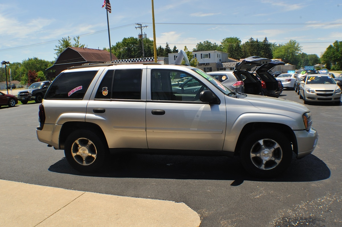 2006 Chevrolet Trailblazer LS Silver Used SUV 4x4 Sale Bannockburn Barrington Beach Park