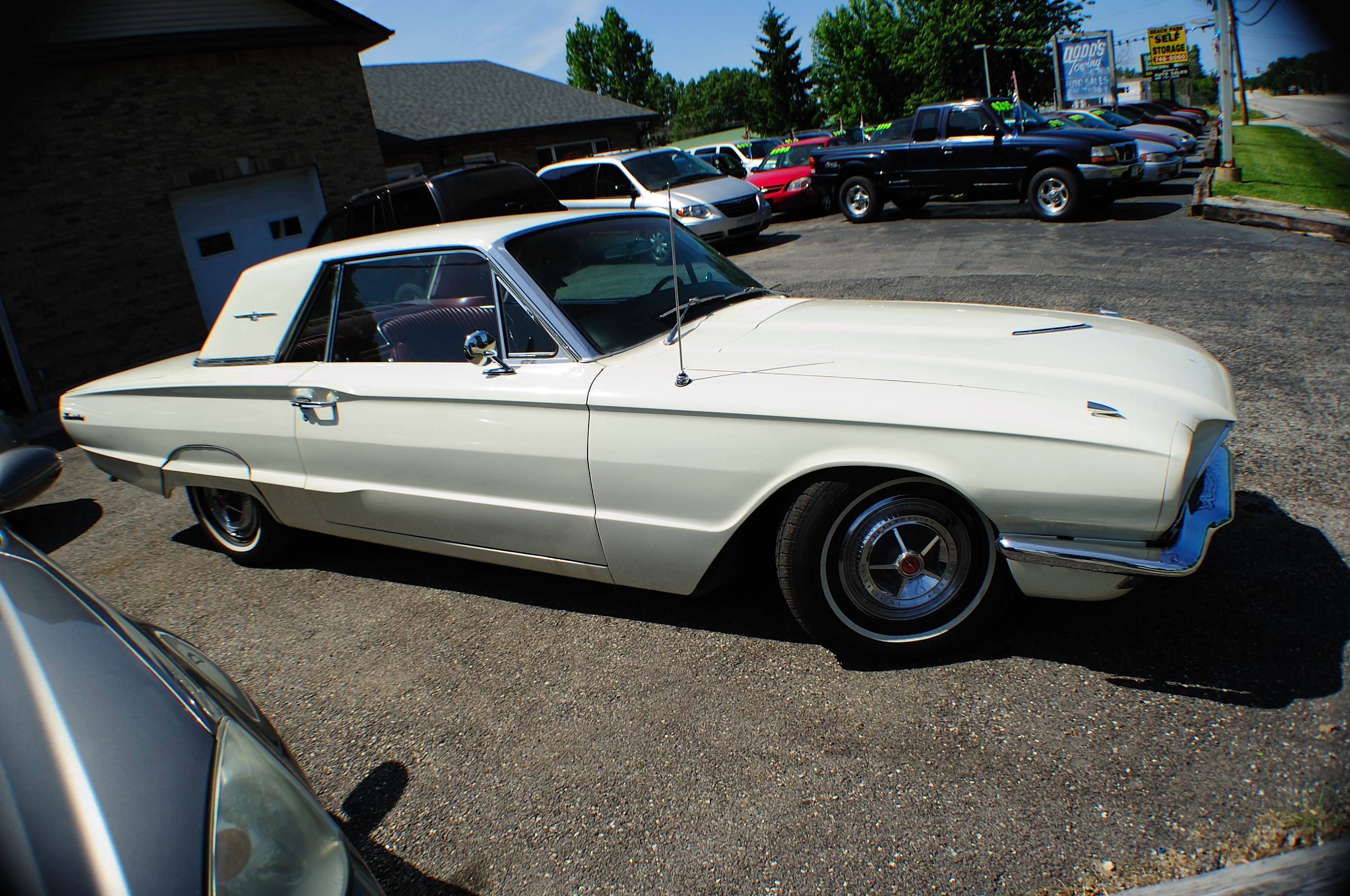 1966 Ford Thunderbird White Classic Sport Coupe used Car Sale Waukegan Kenosha