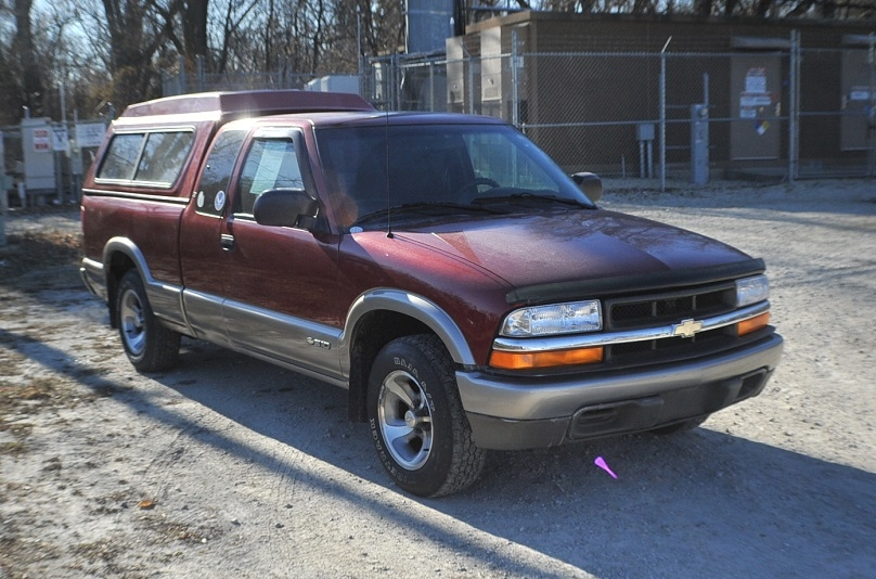 1999 Chevrolet S10 Extended Cab Pickup Truck Sale Beach Park Buffalo Grove Deerfield Fox Lake