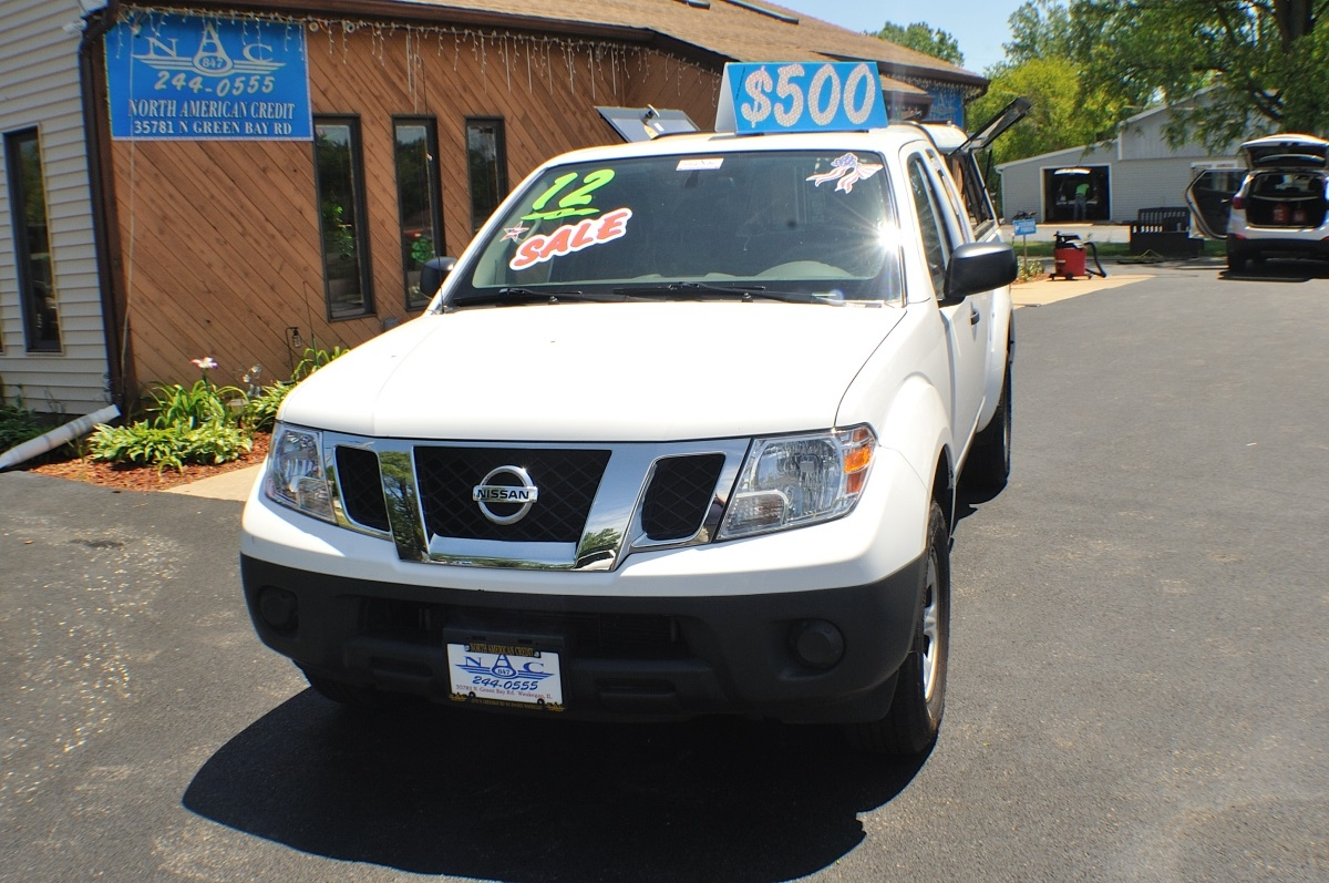 Nissan Dealers In Illinois >> 2012 Nissan Frontier White Ext Cab Truck