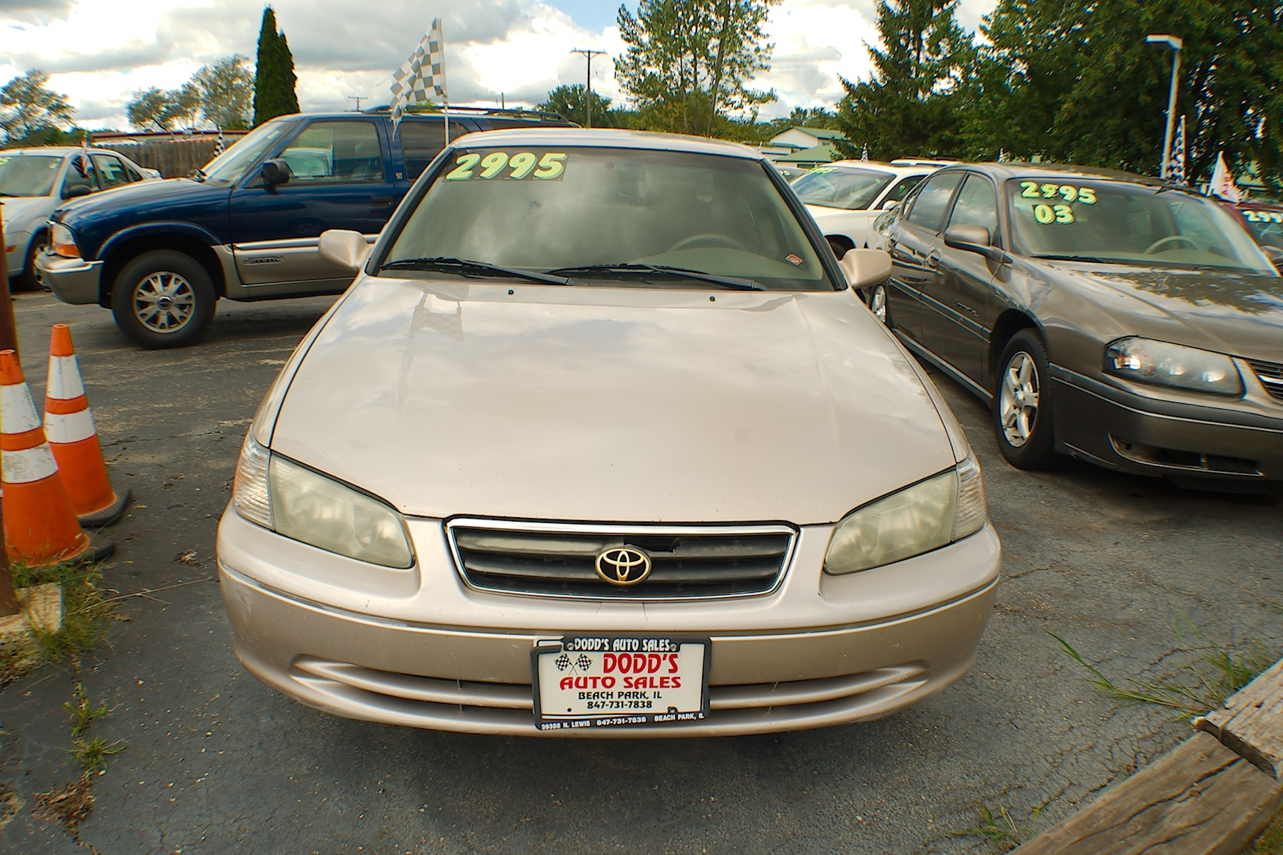 2001 Toyota Camry LE Sand Sedan Used Car Sale Gurnee Kenosha Mchenry Chicago Illinois