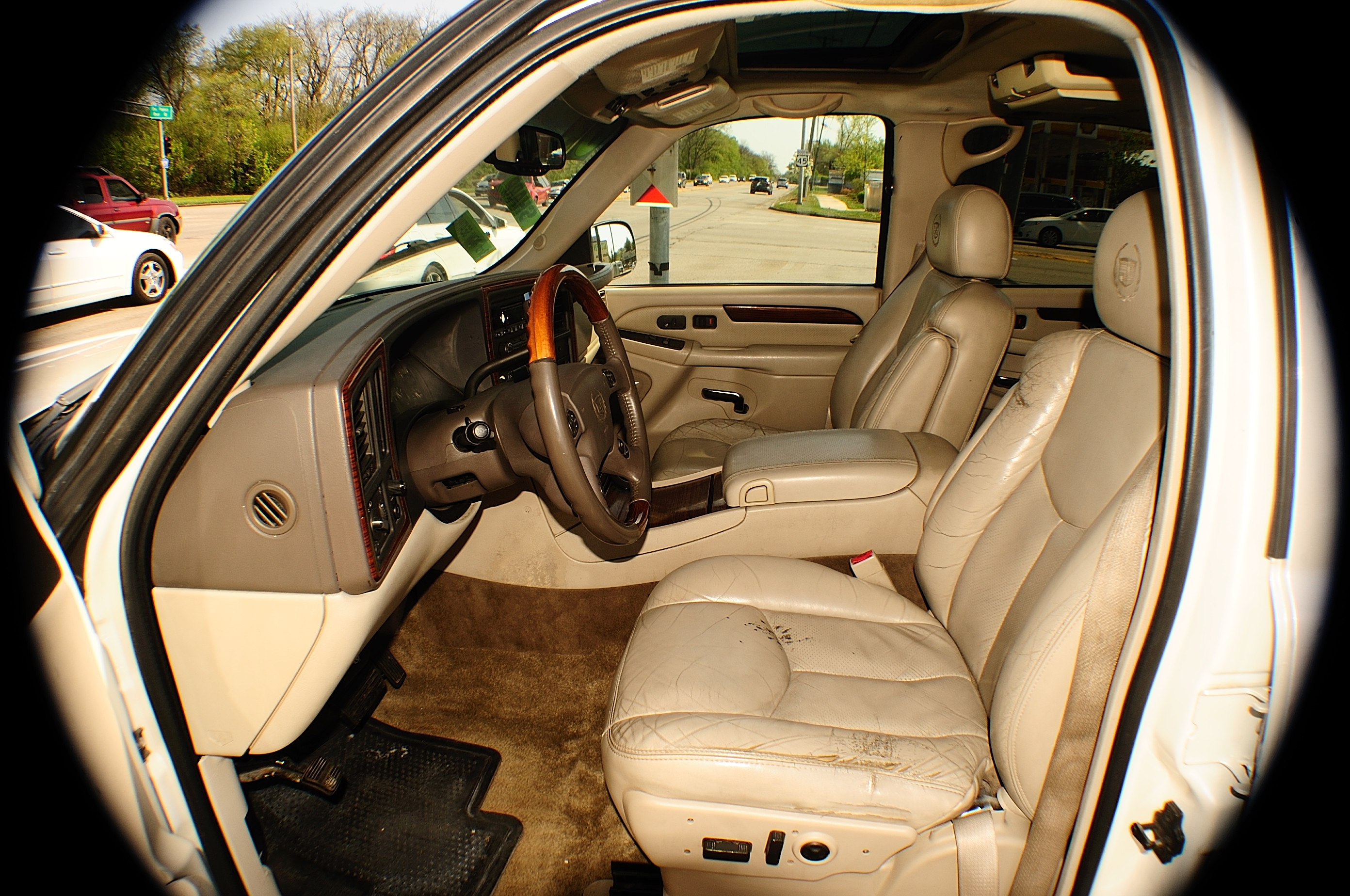 2003 Cadillac Escalade White TV Used SUV car sale Streamwood Tinley Park Wheeling Woodridge