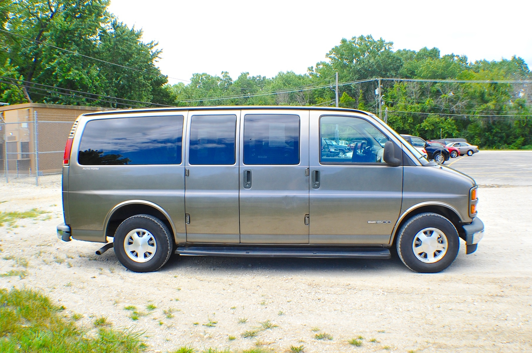 2000 GMC Savana Pewter 1500 Conversion Van Sale Buffalo Grove Deerfield Fox Lake Antioch