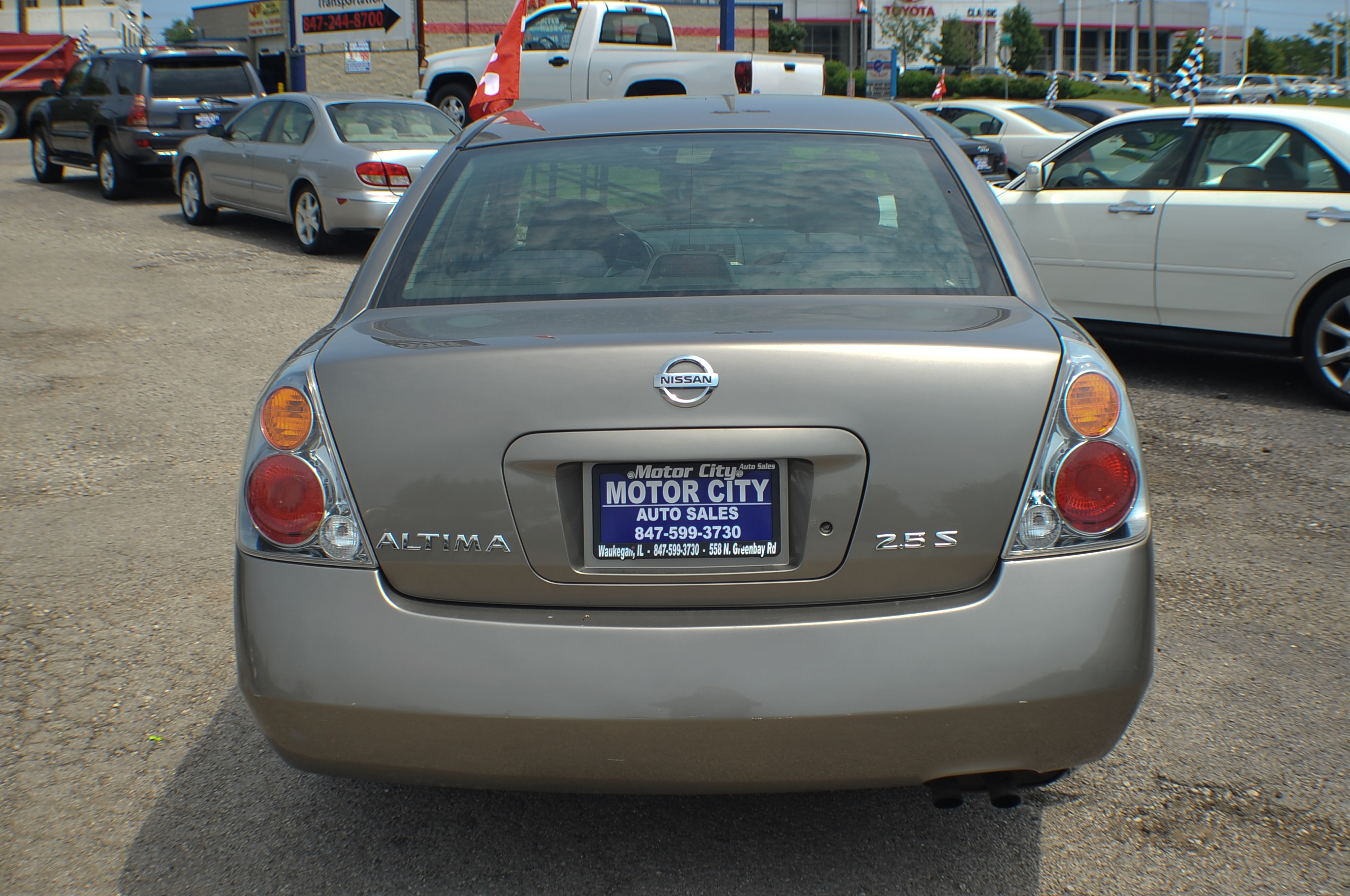 2004 Nissan Altima 2.5S Sand Sedan Used Car Sale Waukegan Kenosha