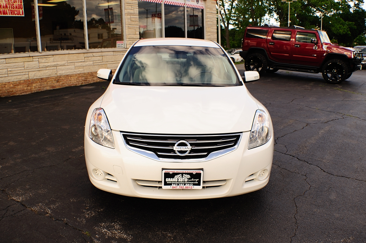 2010 Nissan Altima SR White Sport Sedan Sale Gurnee Kenosha Mchenry Chicago Illinois