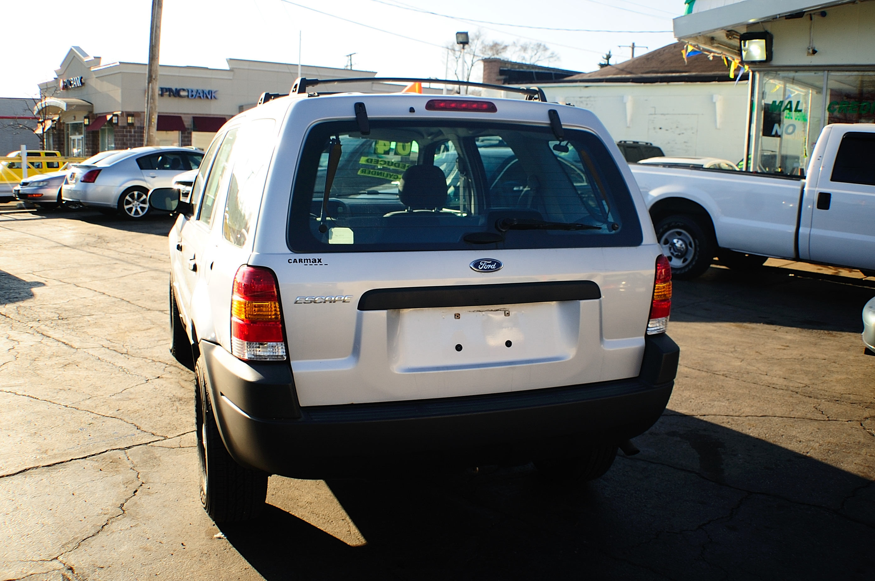 2004 Ford Escape 4Dr Silver 4x2 Manual SUV sale Buffalo Grove Deerfield Fox Lake