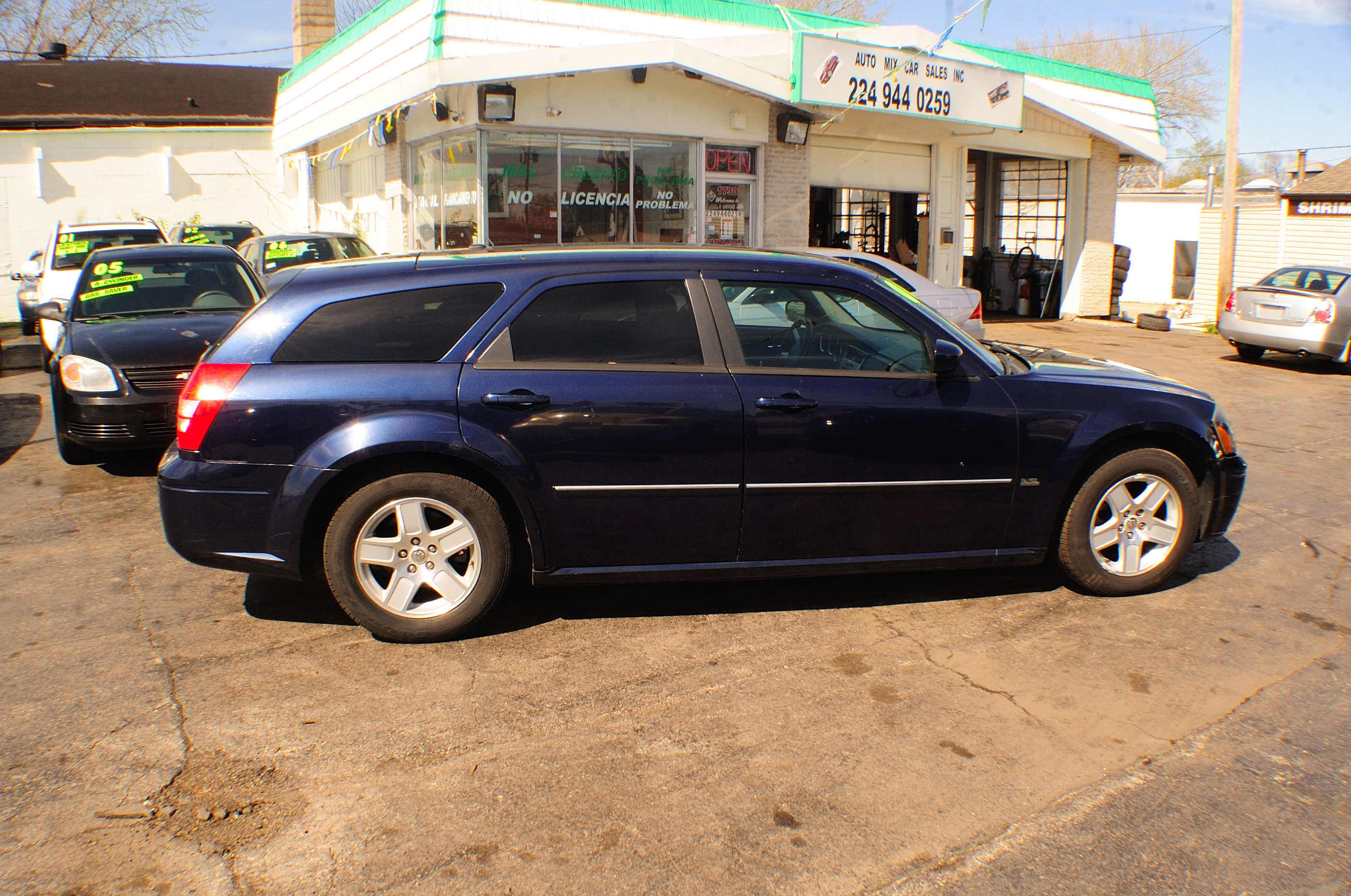 2006 Dodge Magnum SXT Blue 4Dr Wagon used car sale Antioch Zion Waukegan Lake County Illinois
