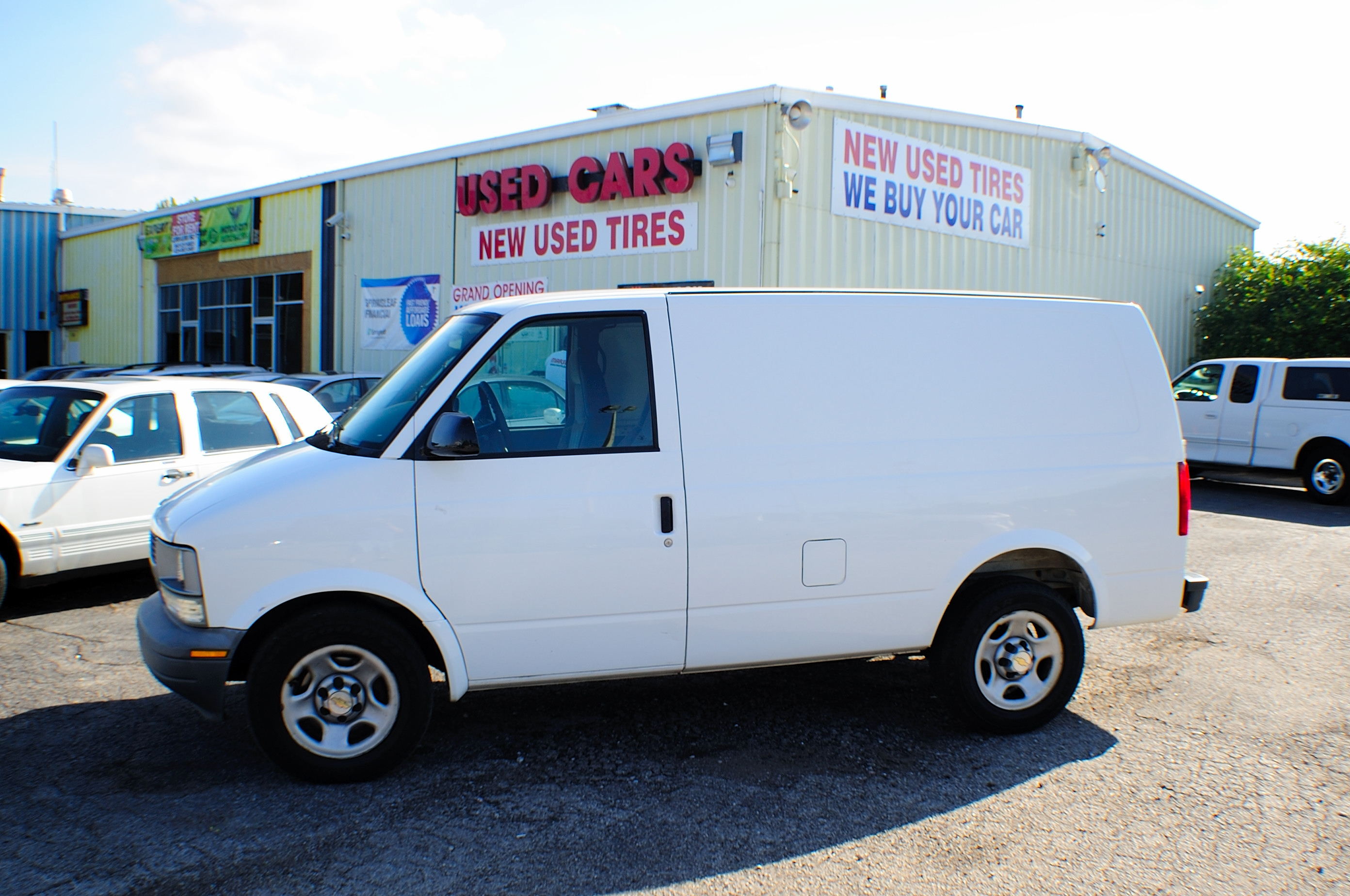 2005 chevrolet astro white used commercial work van sale Motor city car sales