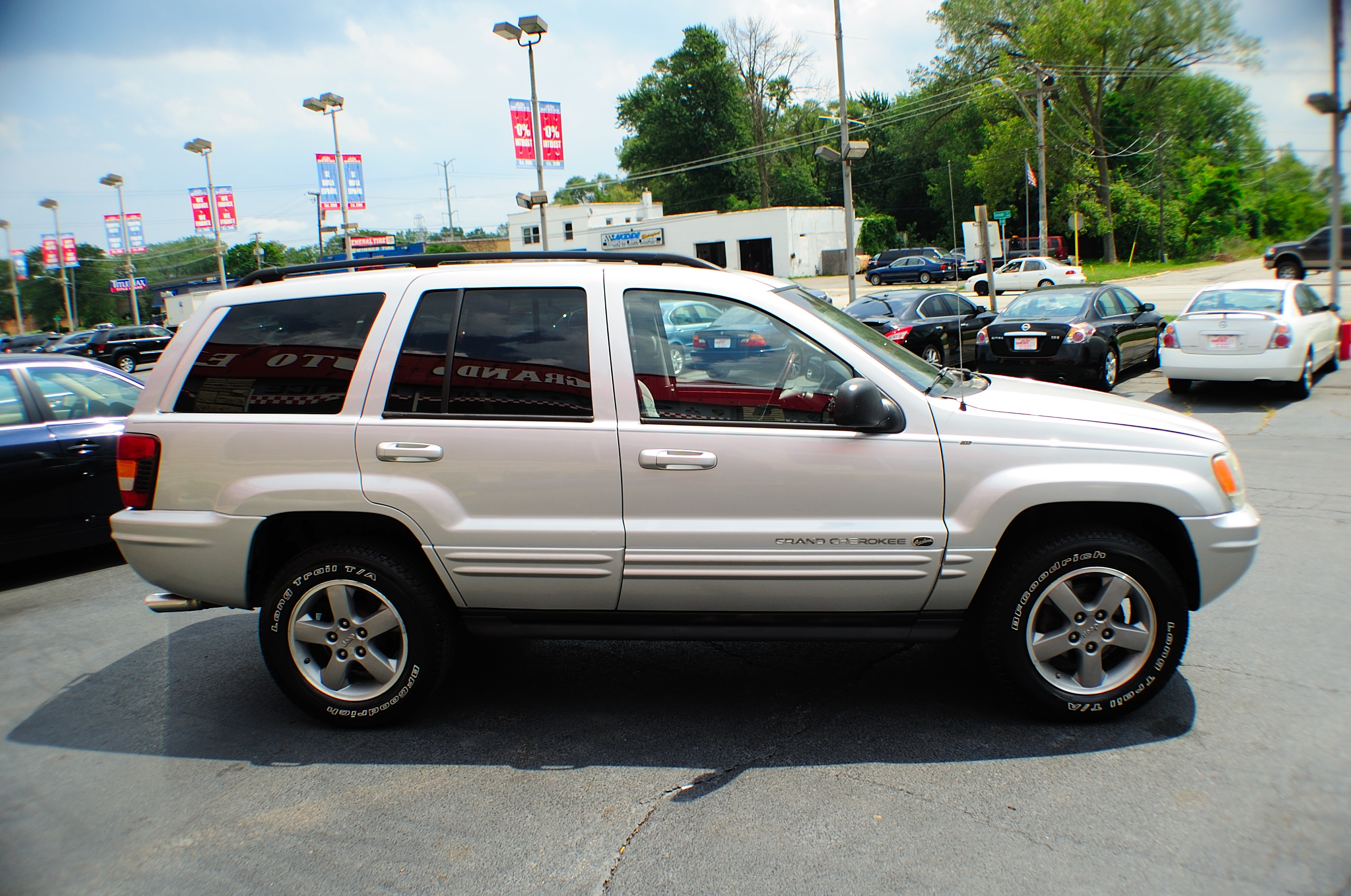 2002 Jeep Grand Cherokee Silver Quadra Drive AWD Used SUV Sale Waukegan Kenosha