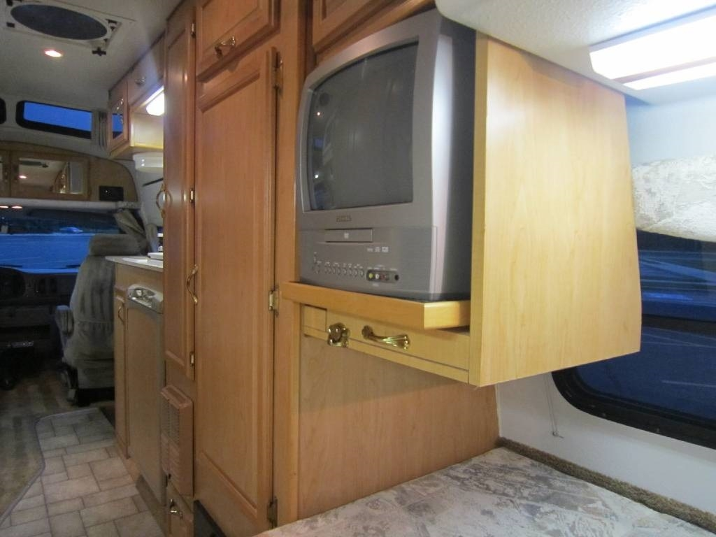 2004 Explorer Motor Homes 230XLW Dodge Used RV Sale Washington West Virginia Wyoming