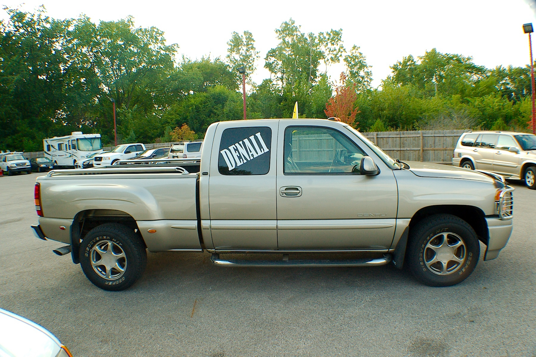 2002 GMC Sierra Pewter Used 4x4 4dr Used Denali Truck Sale Bannockburn Barrington Beach Park
