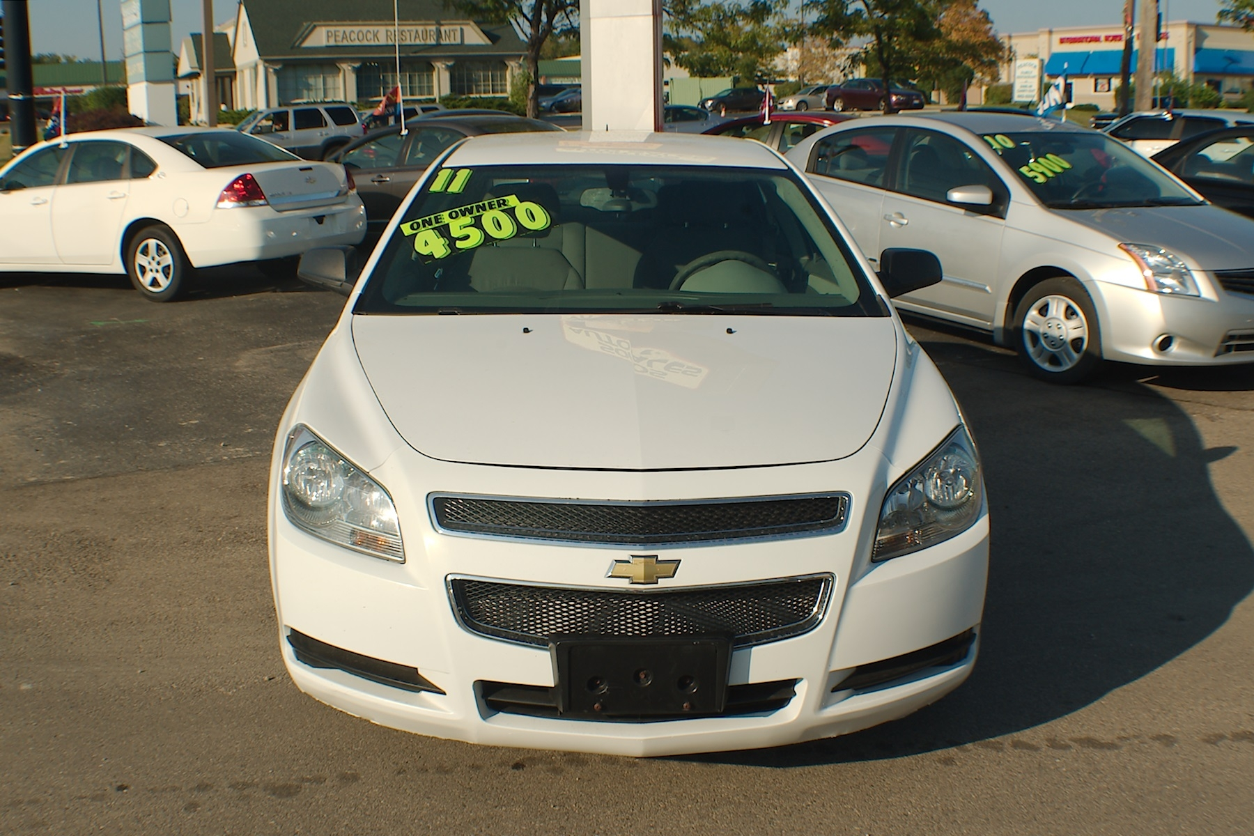 2011 Chevrolet Malibu White Sedan Used Car Sale Gurnee Kenosha Mchenry Chicago Illinois