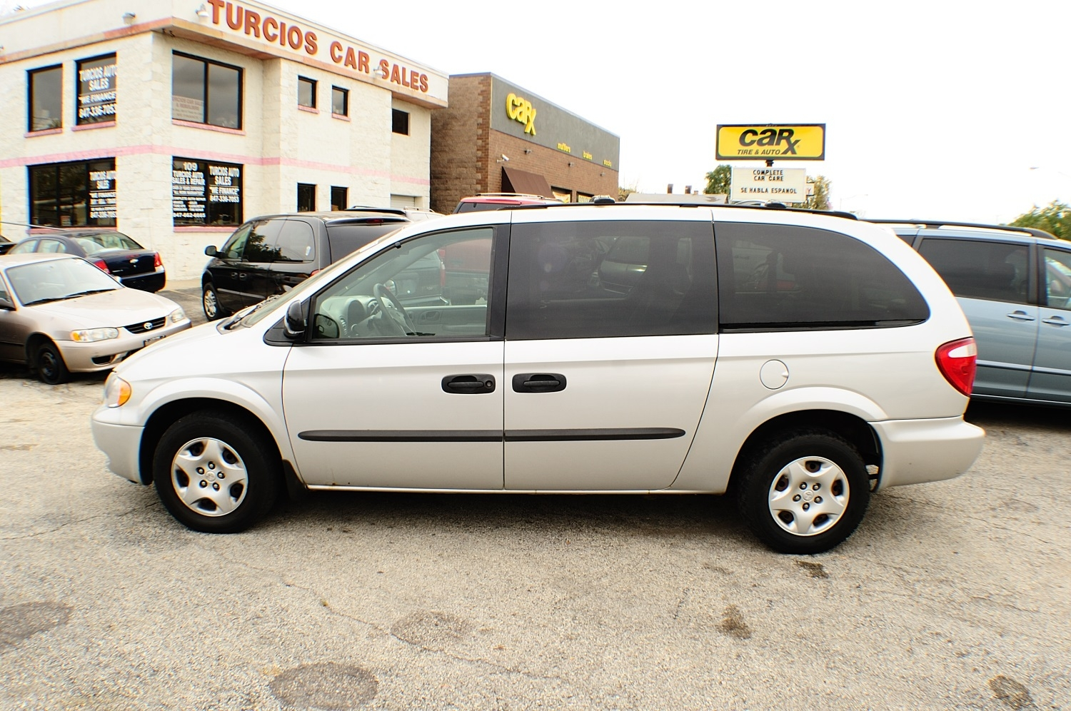 2003 Dodge Grand Caravan SXT Silver Mini Van used car sale Antioch Zion Waukegan Lake County Illinois