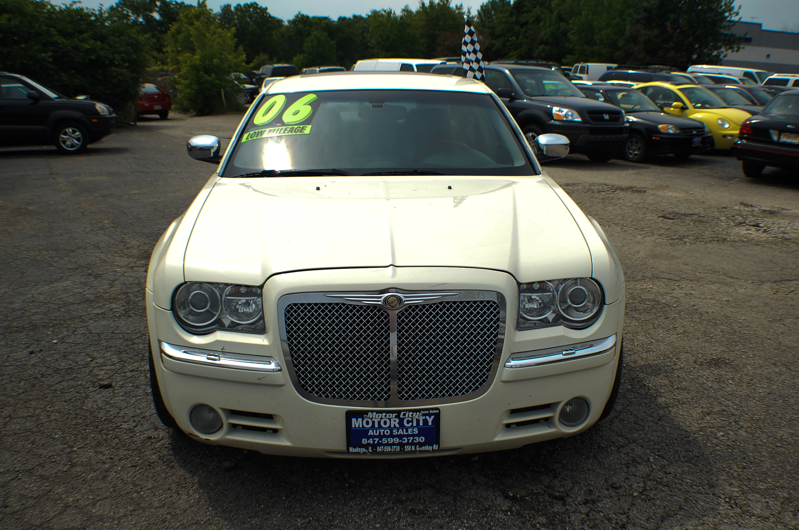 2006 chrysler 300c hemi navigation white sports sedan use car. Black Bedroom Furniture Sets. Home Design Ideas