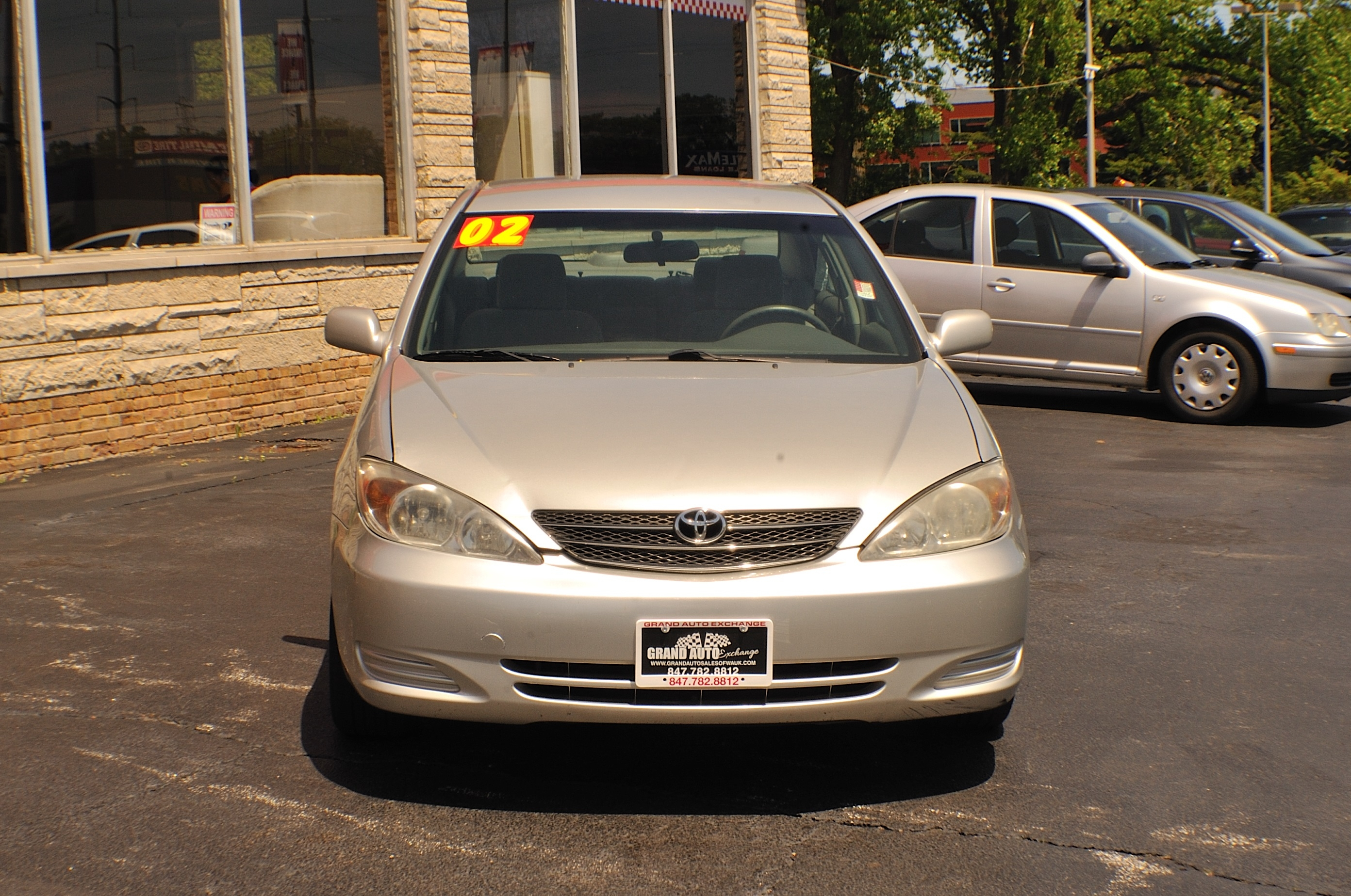 2002 Toyota Camry LE Silver Sedan Used Car Sale Gurnee Kenosha Mchenry Chicago Illinois