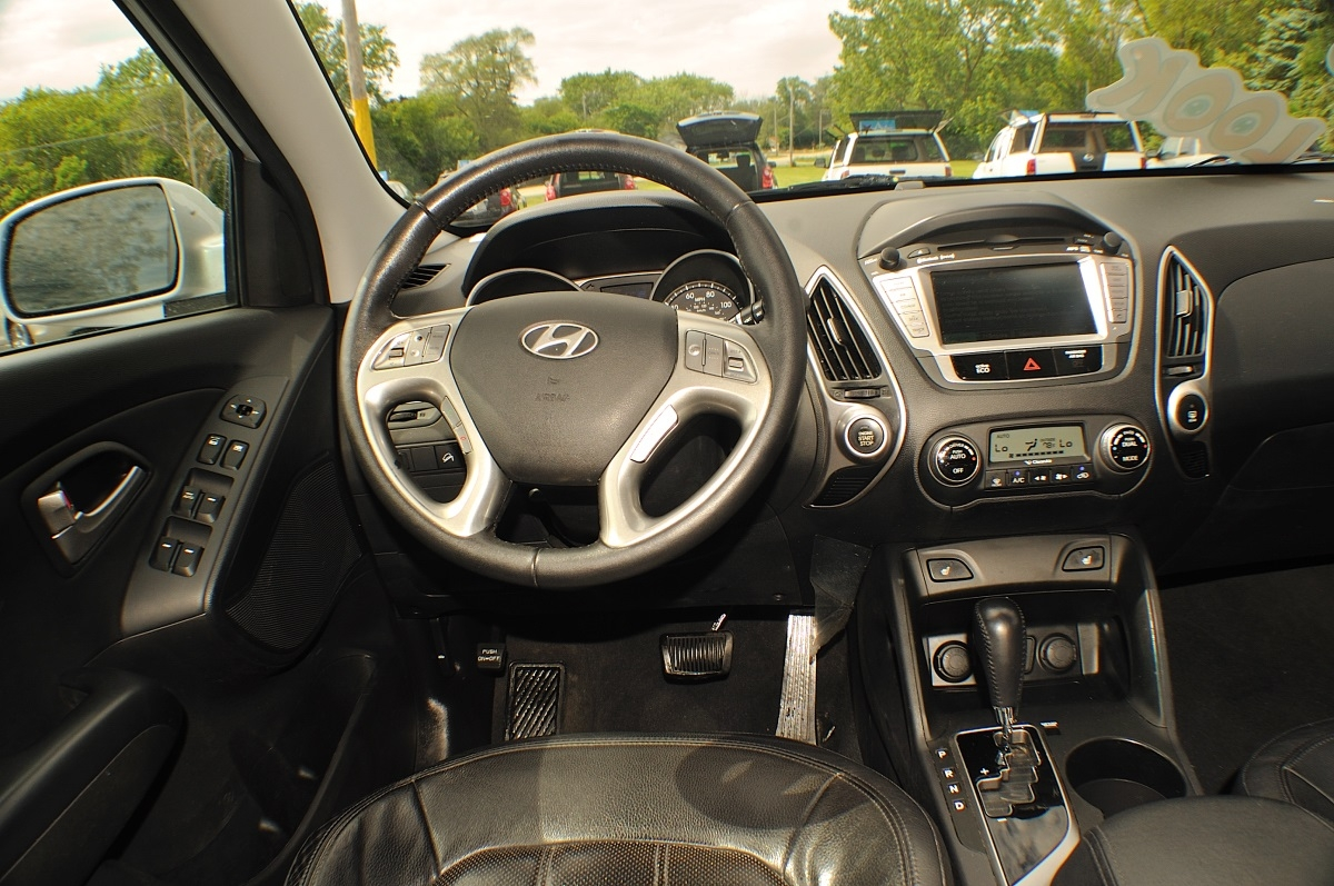 2013 Hyundai Tucson Limited Silver used SUV Sale Green Oaks Hainesville Hawthorne Woods