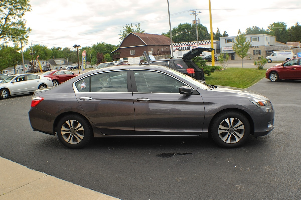 2015 Honda Accord Gray used sedan sale Bannockburn Barrington Beach Park