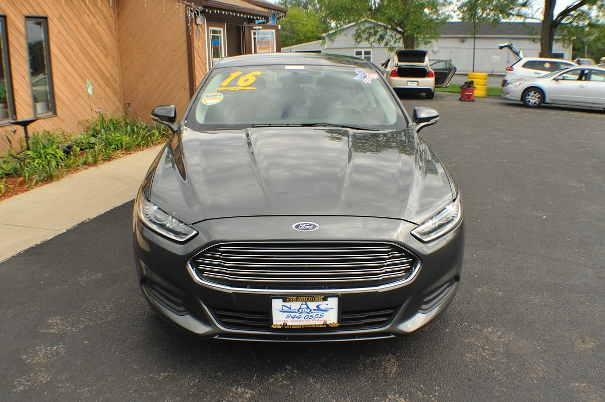 2016 Ford Fusion SE Gray Used Sedan Sale Gurnee Kenosha Mchenry Chicago Illinois