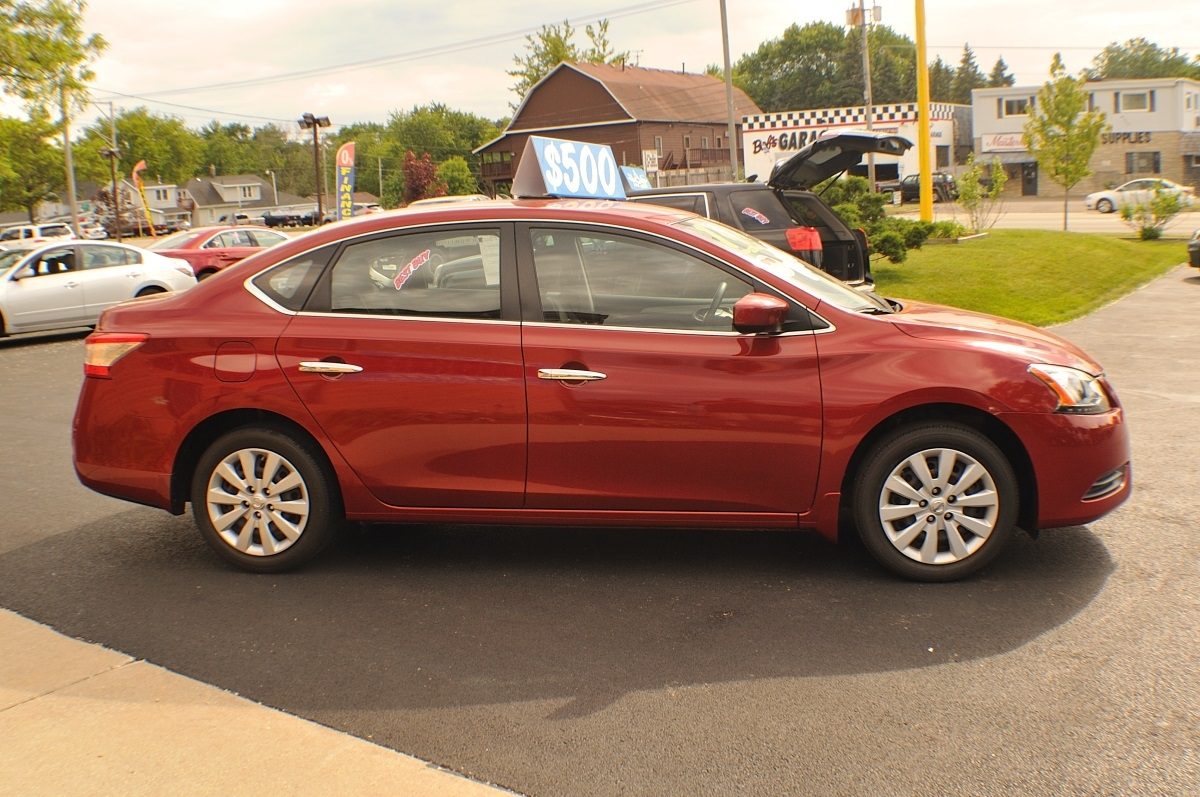 2014 nissan sentra sv red sedan used car sale. Black Bedroom Furniture Sets. Home Design Ideas