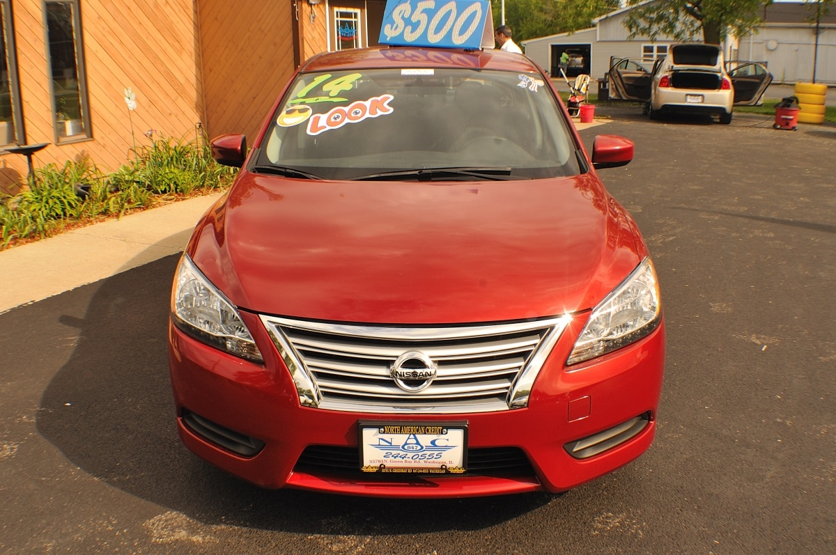 2014 Nissan Sentra SV Red Sedan used car sale Gurnee Kenosha Mchenry Chicago Illinois