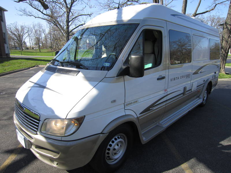 2005 Gulf Stream Coach Vista Cruiser MB Edition Diesel used RV sale Bannockburn Barrington Beach Park