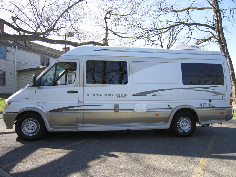 2005 Gulf Stream Coach Vista Cruiser MB Edition Diesel used RV sale Buffalo Grove Deerfield Fox Lake