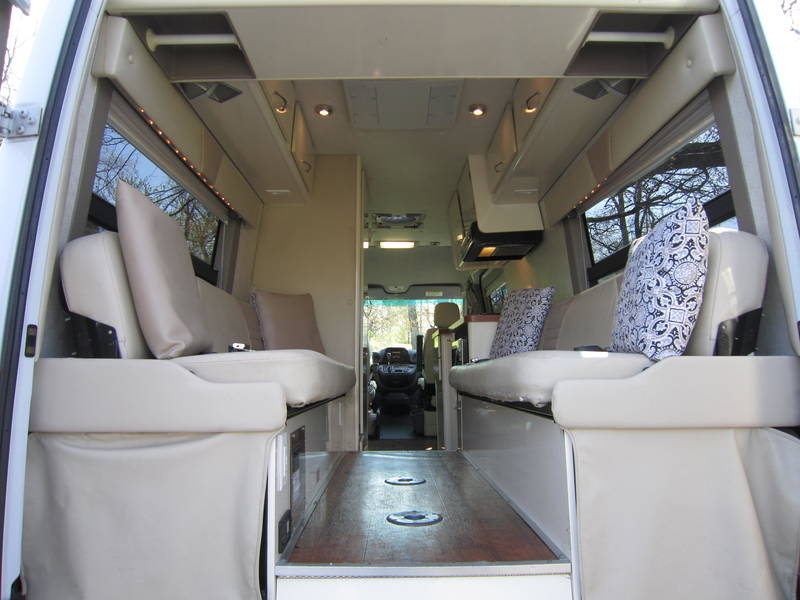 2005 Gulf Stream Coach Vista Cruiser MB Edition Diesel used RV sale Long Grove Mettawa Mundelein Wheeling