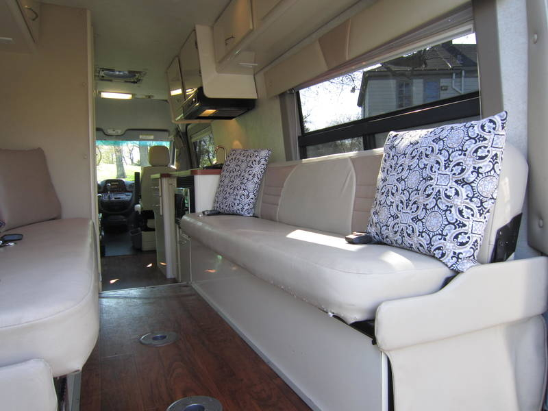 2005 Gulf Stream Coach Vista Cruiser MB Edition Diesel used RV sale Barrington North Chicago Old Mill Creek