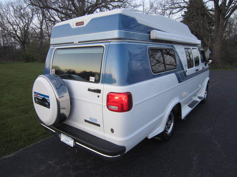 1997 Dodge Sportsmobile White EB Hardtop used RV Sale Fox River Grove Grayslake Volo Waucanda