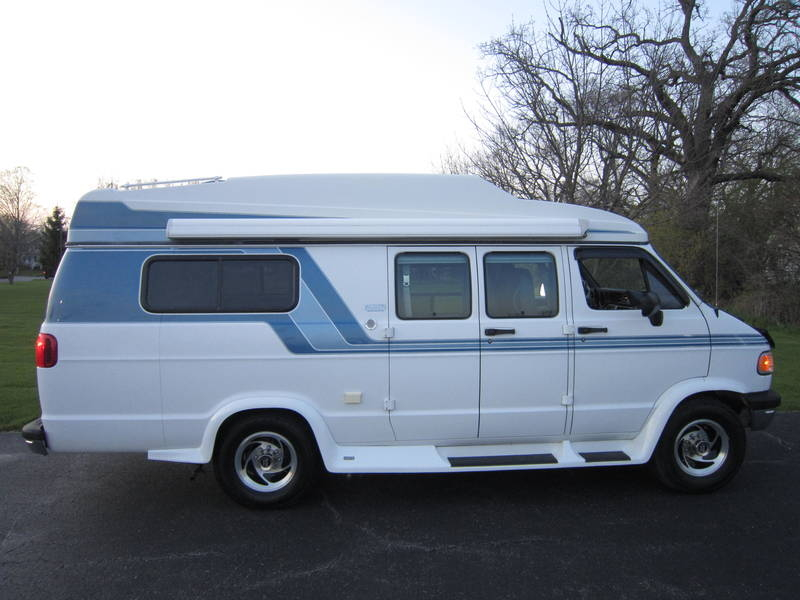 1997 Dodge Sportsmobile White EB Hardtop used RV Sale Buffalo Grove Deerfield Fox Lake