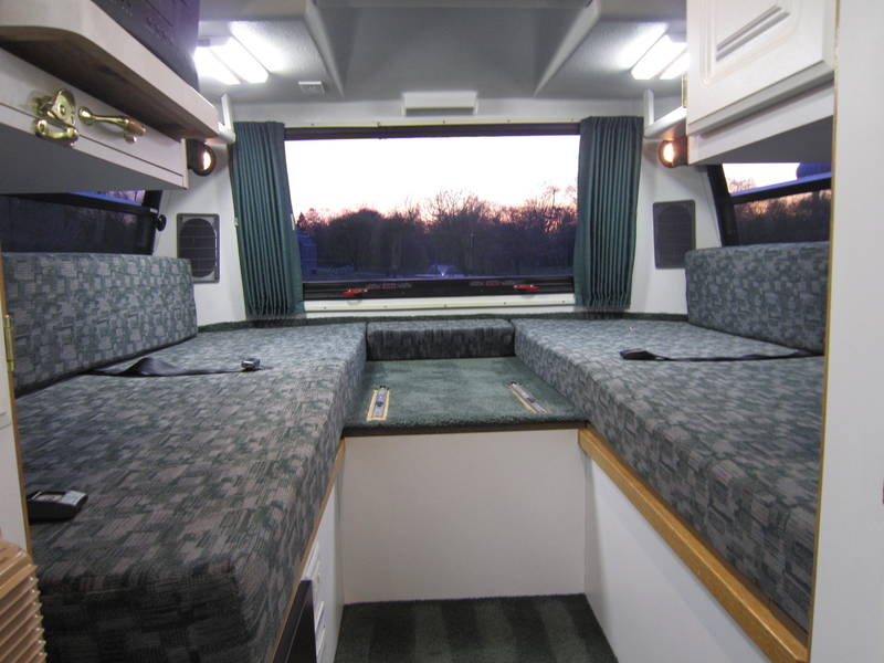 1999 Explorer Motor Homes 230XL Wide Body Dodge RV sale Bannockburn Barrington Beach Park