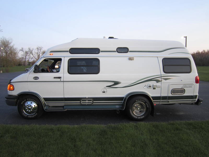 1999 Explorer Motor Homes 230XL Wide Body Dodge RV sale Antioch Zion Waukegan Lake County Illinois