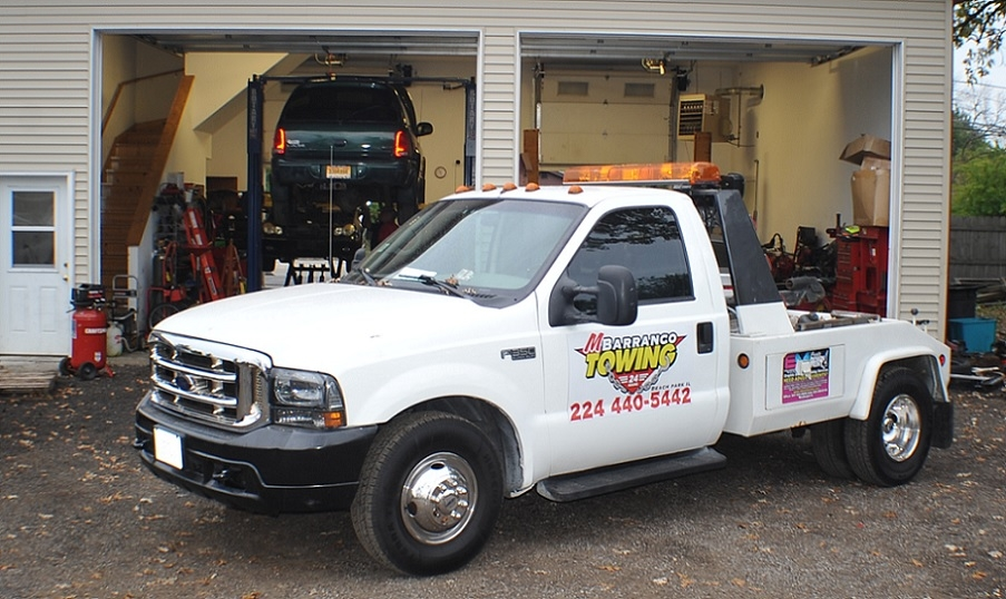 Barranco Auto Repair Garage and Towing Fix your car serving Beach Park
